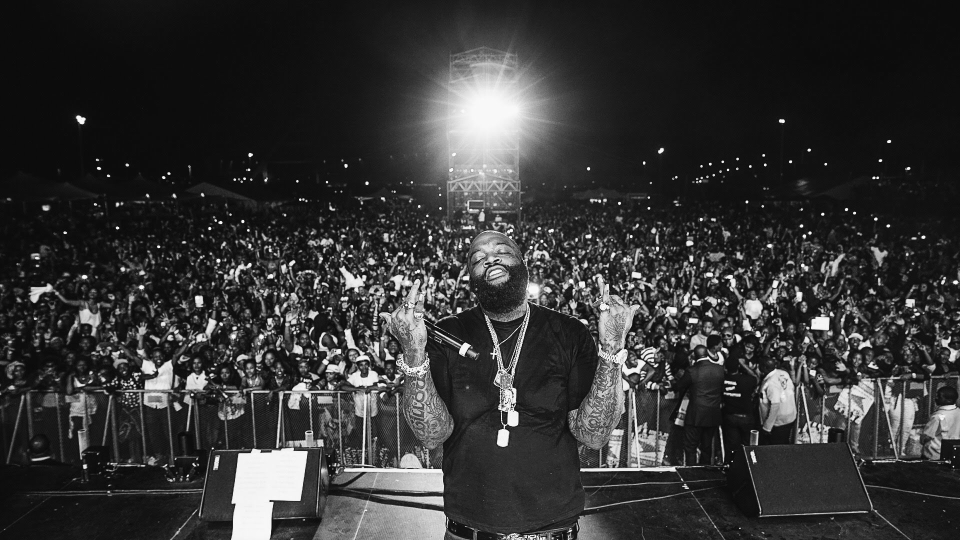 Hip hop concert rick ross black awakening movement - Concert crowd wallpaper ...